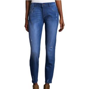DL1961 Azalea Relaxed Skinny distressed Jeans 7134